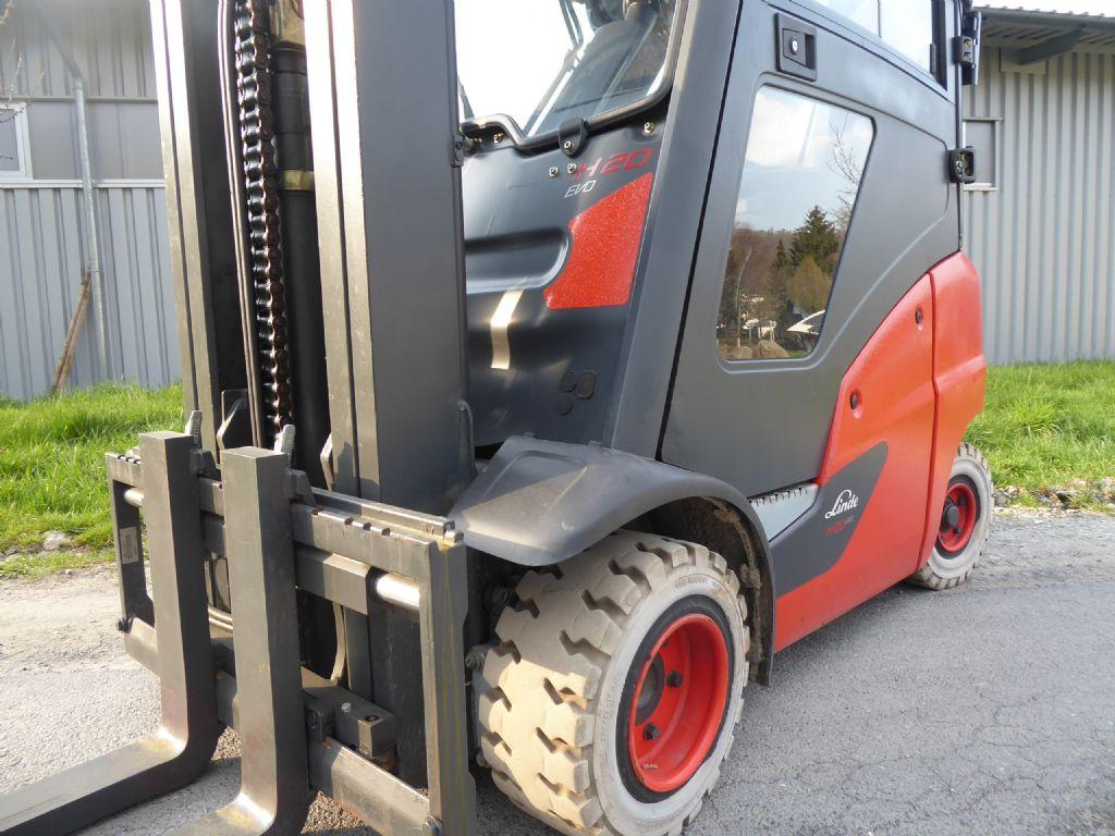 Linde-H20T-01-Treibgasstapler-www.rf-stapler.de