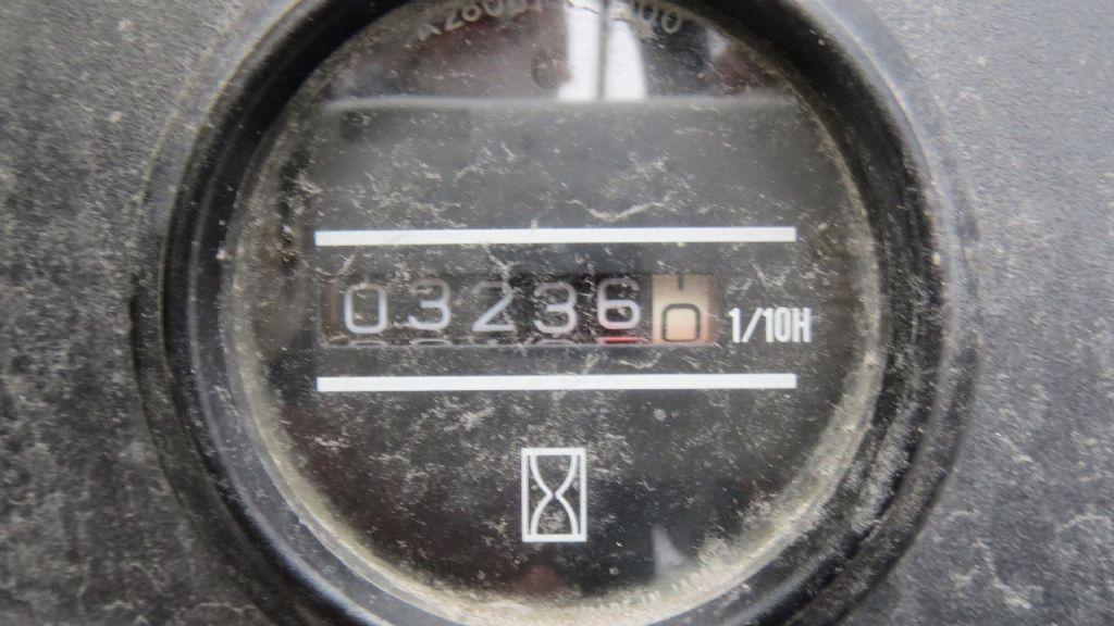 Gebrauchtstapler-Nissan-BF03A35U-Treibgasstapler-www.rf-stapler.de