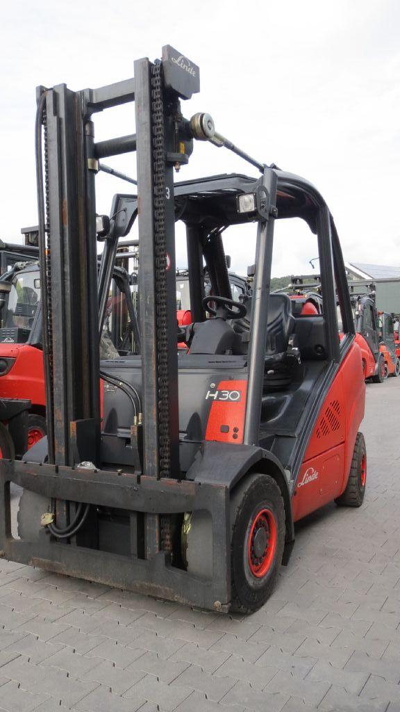 Linde-H30T-Treibgasstapler-www.rf-stapler.de