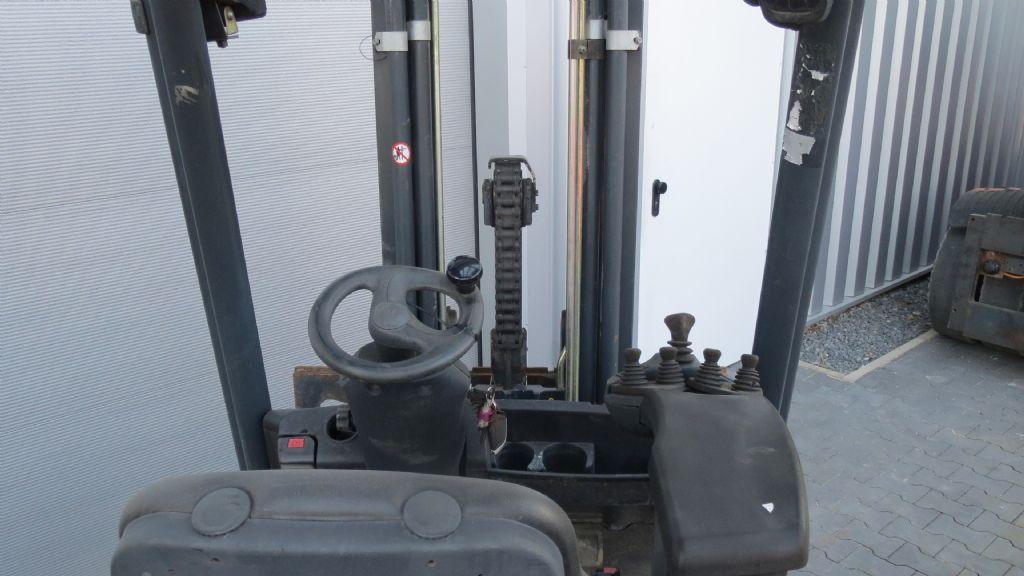 Gebrauchtstapler-Linde-H20D-Dieselstapler-www.rf-stapler.de