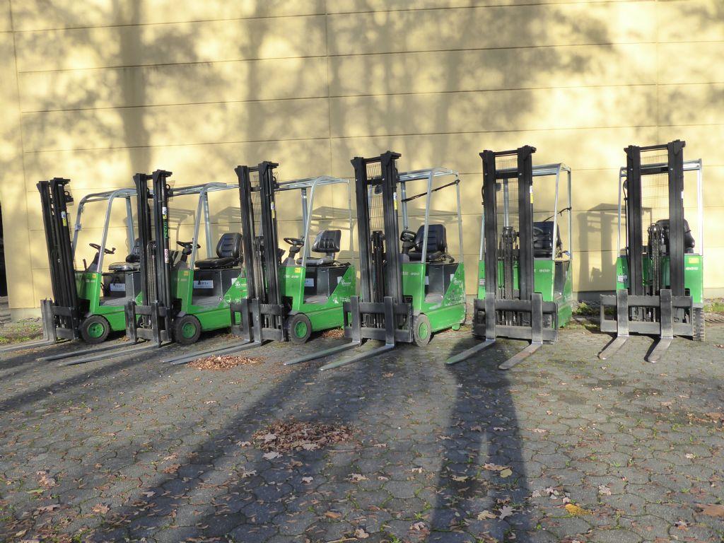 Cesab-BIT 800-Elektro 3 Rad-Stapler-www.rf-stapler.de