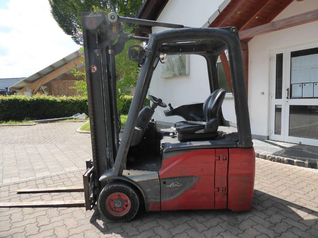 Linde-E16-01-Elektro 3 Rad-Stapler-www.rf-stapler.de