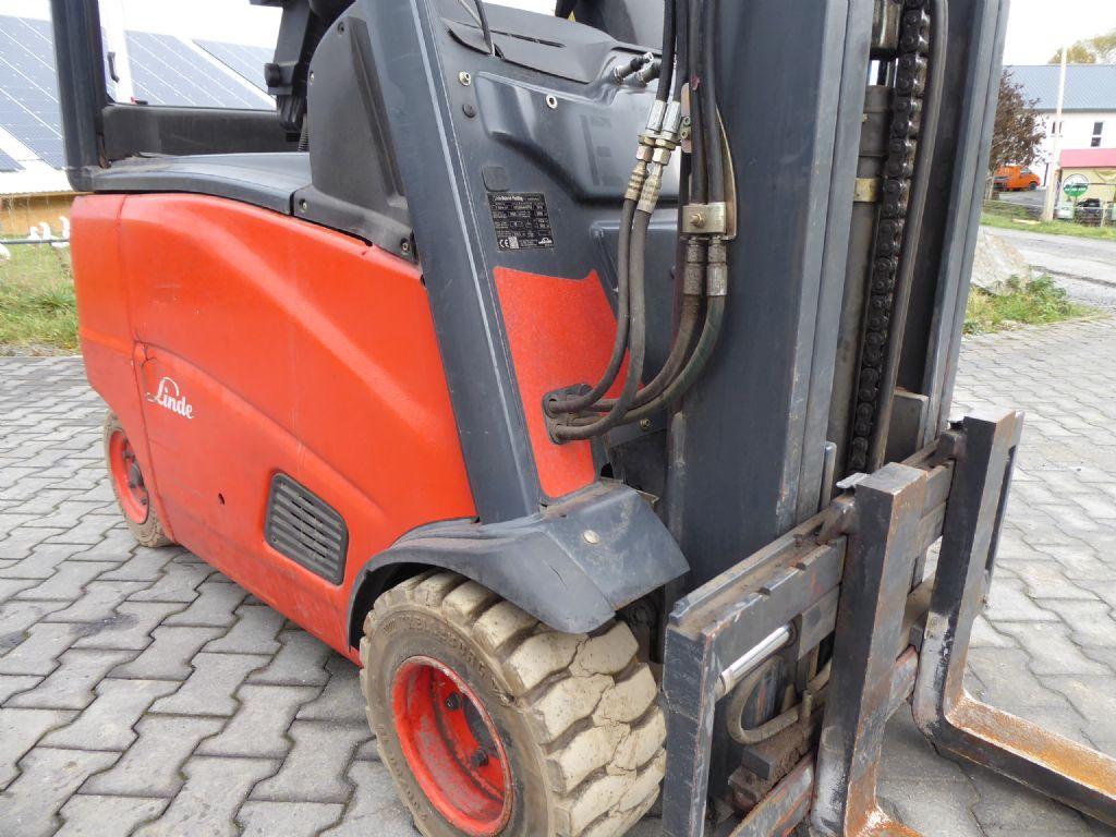 Gebrauchtstapler-Linde-E18PH-01-Elektro 4 Rad-Stapler-www.rf-stapler.de