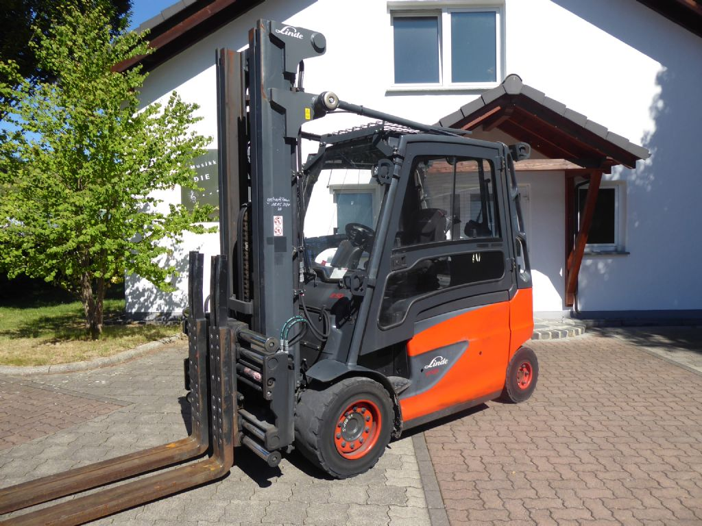 Linde-E50HL-01-Electric 4-wheel forklift-www.rf-stapler.de