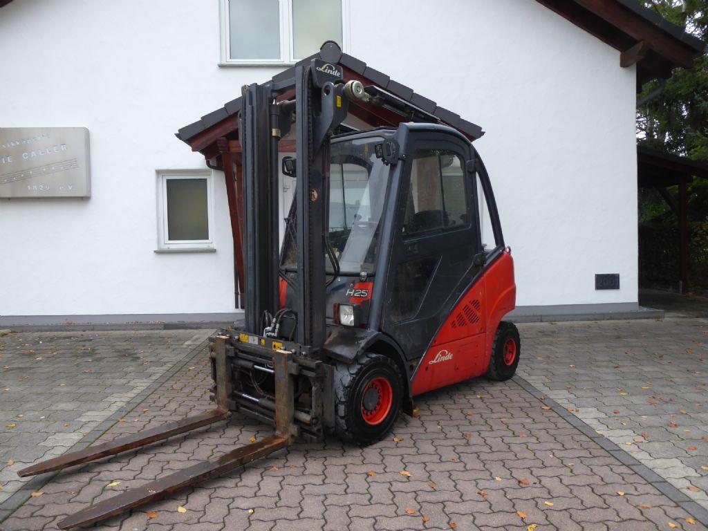 Linde-H25D-01-Dieselstapler-www.rf-stapler.de