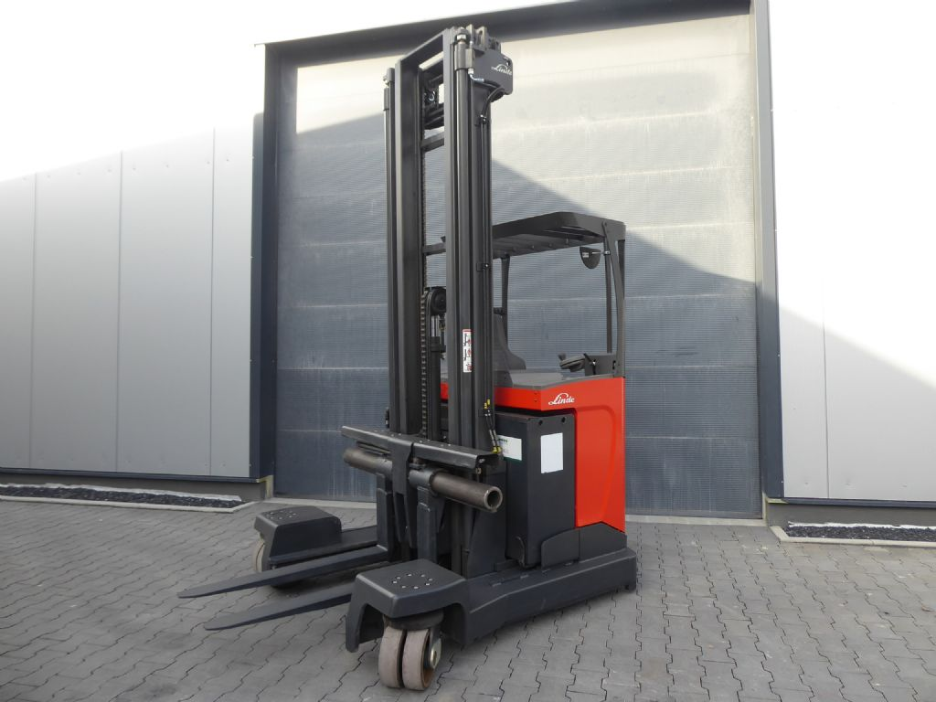 Linde-R20F-Four-way reachtruck-www.rf-stapler.de
