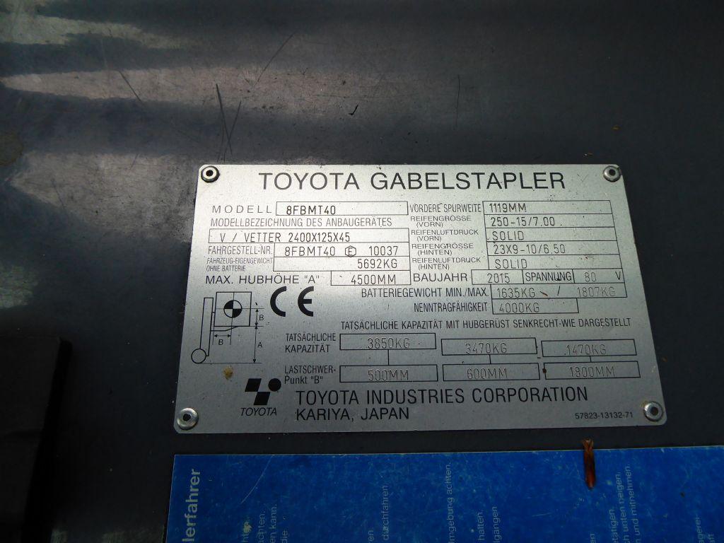 Gebrauchtstapler-Toyota-8FBMT40-Elektro 4 Rad-Stapler-www.rf-stapler.de
