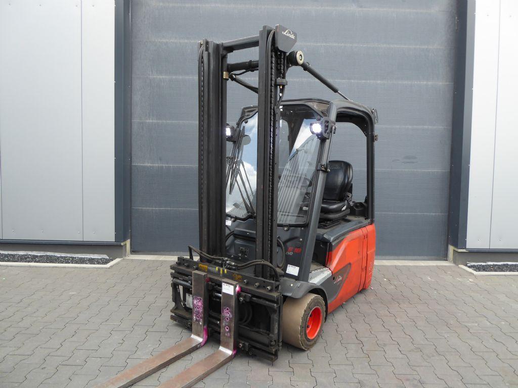 Linde-E18-02-Elektro 3 Rad-Stapler-www.rf-stapler.de