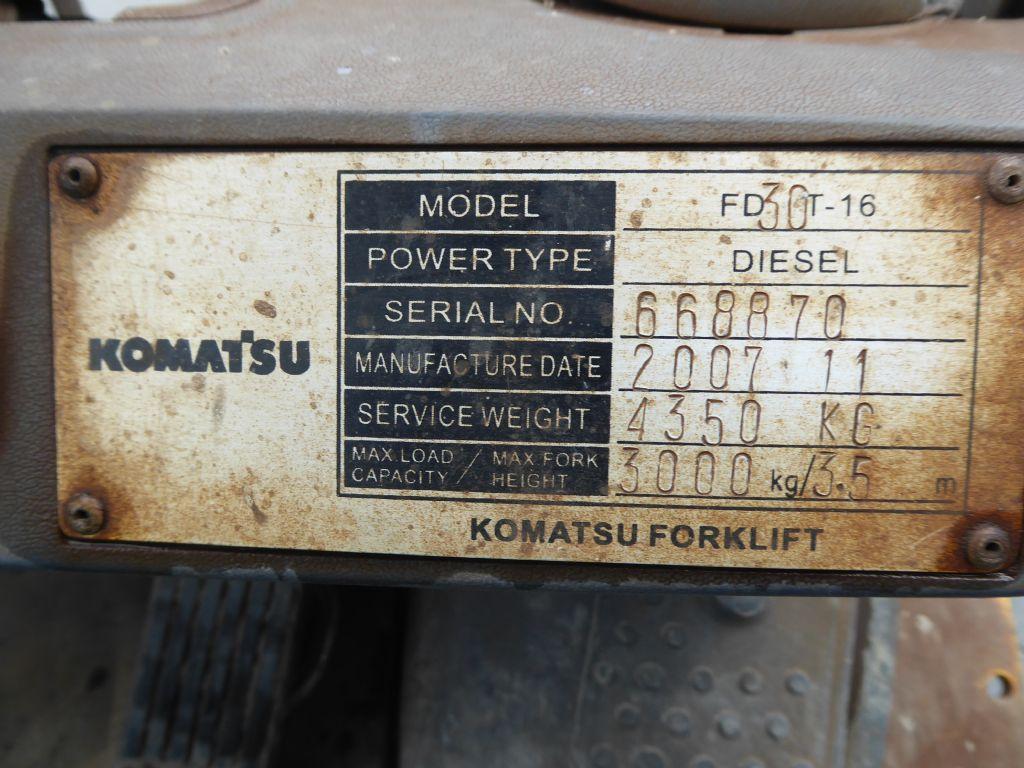 Gebrauchtstapler-Komatsu-FD30T-16-Dieselstapler-www.rf-stapler.de