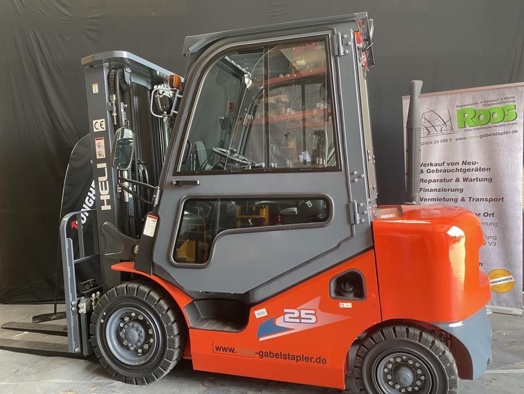 Heli CPCD25-KU20H Dieselstapler www.roos-gabelstapler.de