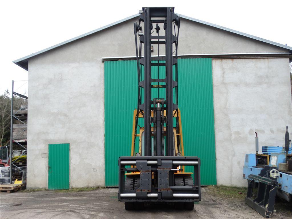 Heden-76120 - Marina Gabelstapler-Schwerlaststapler-www.sago-online.com