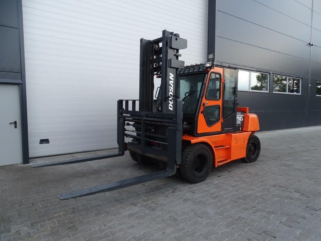 Doosan-D70S-5-Dieselstapler-http://www.sago-online.com