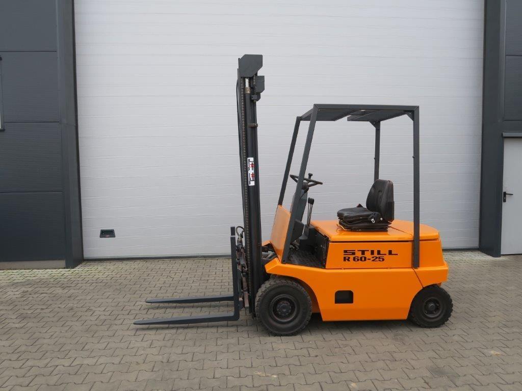 Still-R60-25-Elektro 4 Rad-Stapler-http://www.sago-online.com