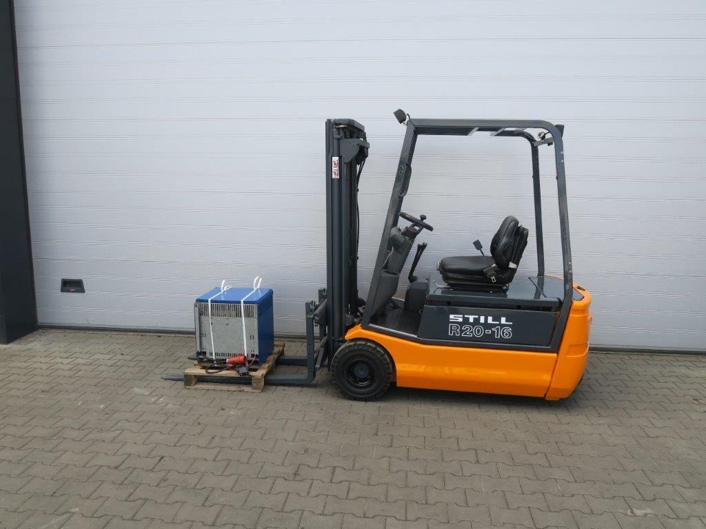 Still-R20-16 - TRIPLEX-Elektro 3 Rad-Stapler-http://www.sago-online.com