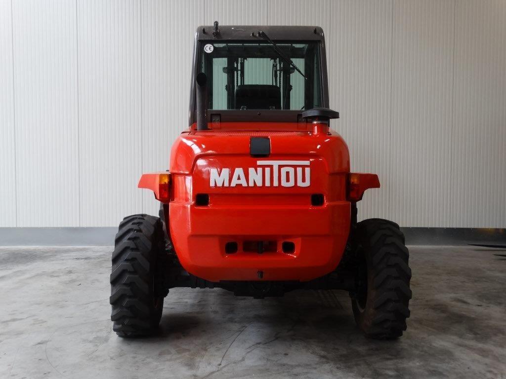 Manitou-M30-4 T-Geländestapler-www.sago-online.com