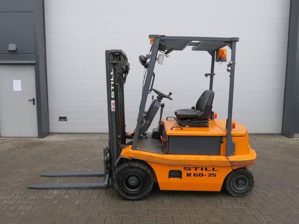 Still-R60-25 TRIPLEX-Elektro 4 Rad-Stapler-http://www.sago-online.com