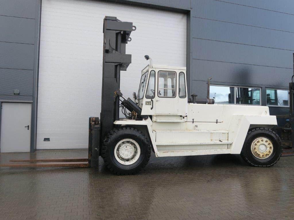 Svetruck-25120-46-Schwerlaststapler-http://www.sago-online.com