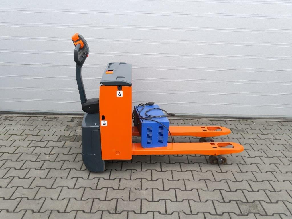 Steinbock Boss-WN16T-Niederhubwagen-www.sago-online.com