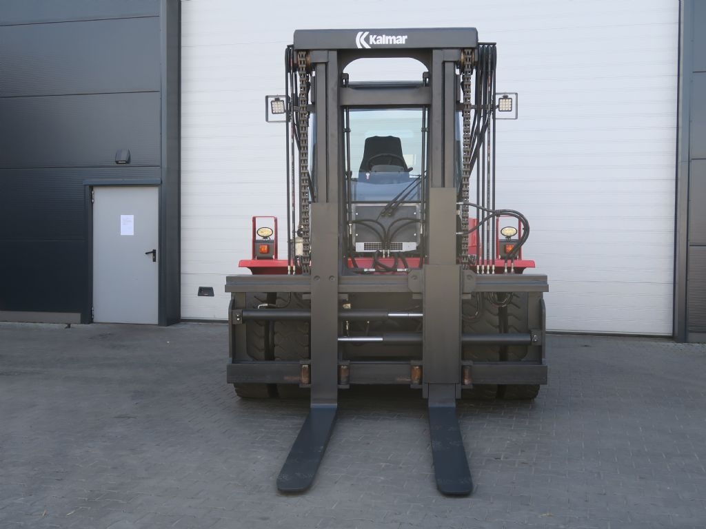 Kalmar-DCE100-6-Schwerlaststapler-www.sago-online.com