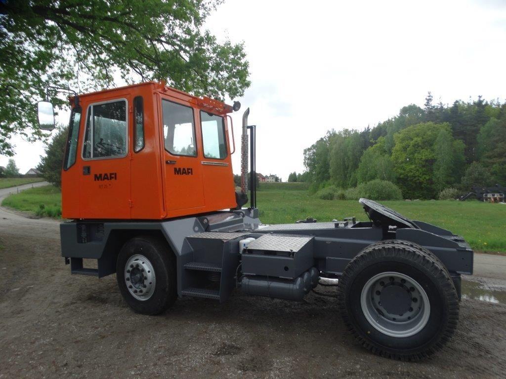 MAFI-MT25T123C4X2FZL-Terminaltraktor-http://www.sago-online.com