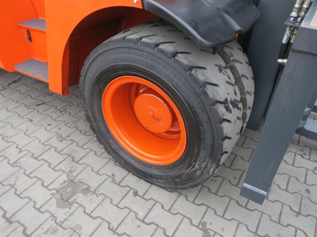 Linde-H100 Diesel-Schwerlaststapler-www.sago-online.com