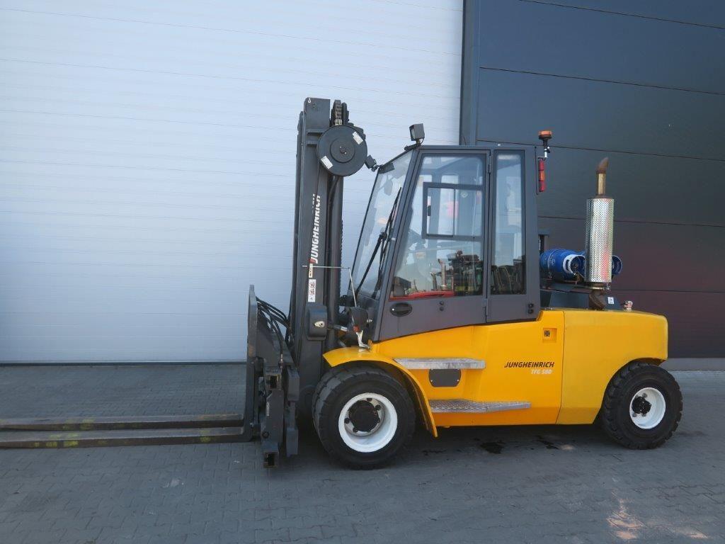 Jungheinrich-TFG S80 - TRIPLEX-Schwerlaststapler-http://www.sago-online.com