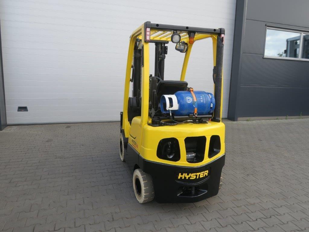 Hyster-H2.0FTS - TRIPLEX-Treibgasstapler-www.sago-online.com