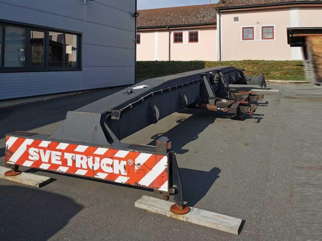 Svetruck-345-40' Top-Spreader-http://www.sago-online.com