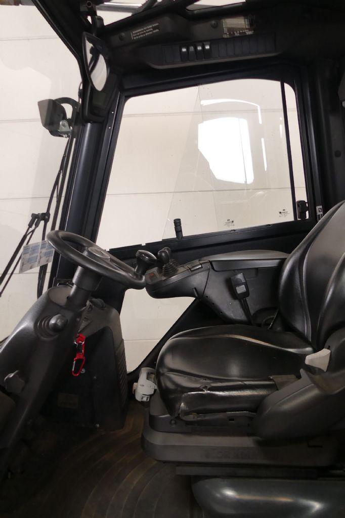 Linde-H 25/600 D 3A 393-02-Dieselstapler gebraucht-stapler.de