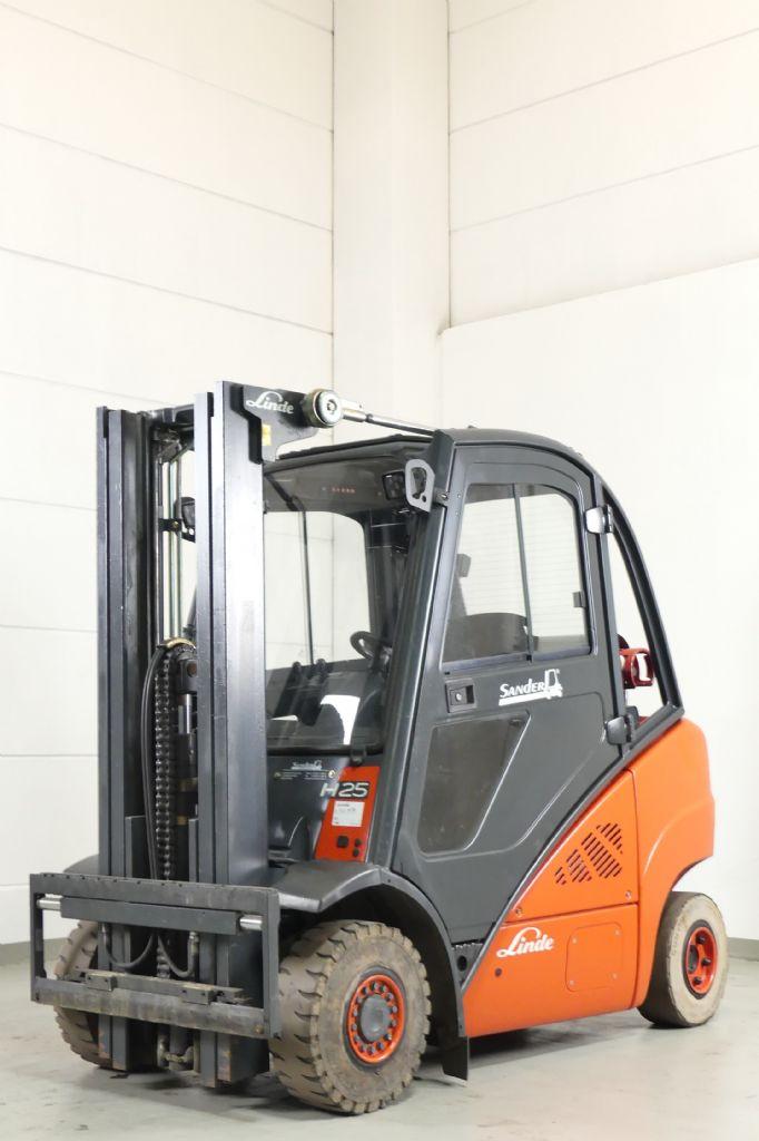 Linde-H 25 T 392-LPG Forklifts www.gebraucht-stapler.de