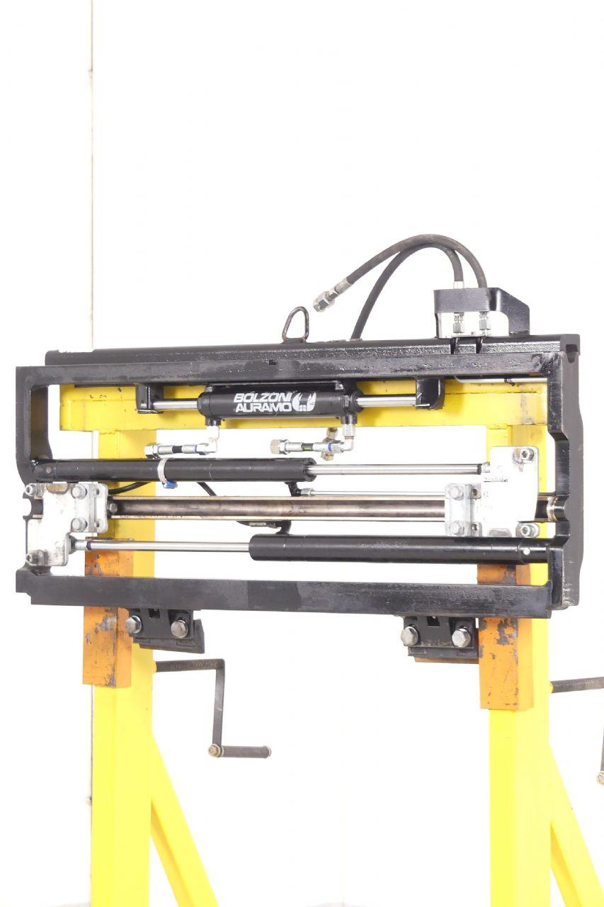 Bolzoni-MZ2511A-Zinkenverstellgerät www.gebraucht-stapler.de