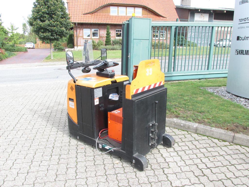 BT TSE 300 Schlepper schlueter-gabelstapler.de
