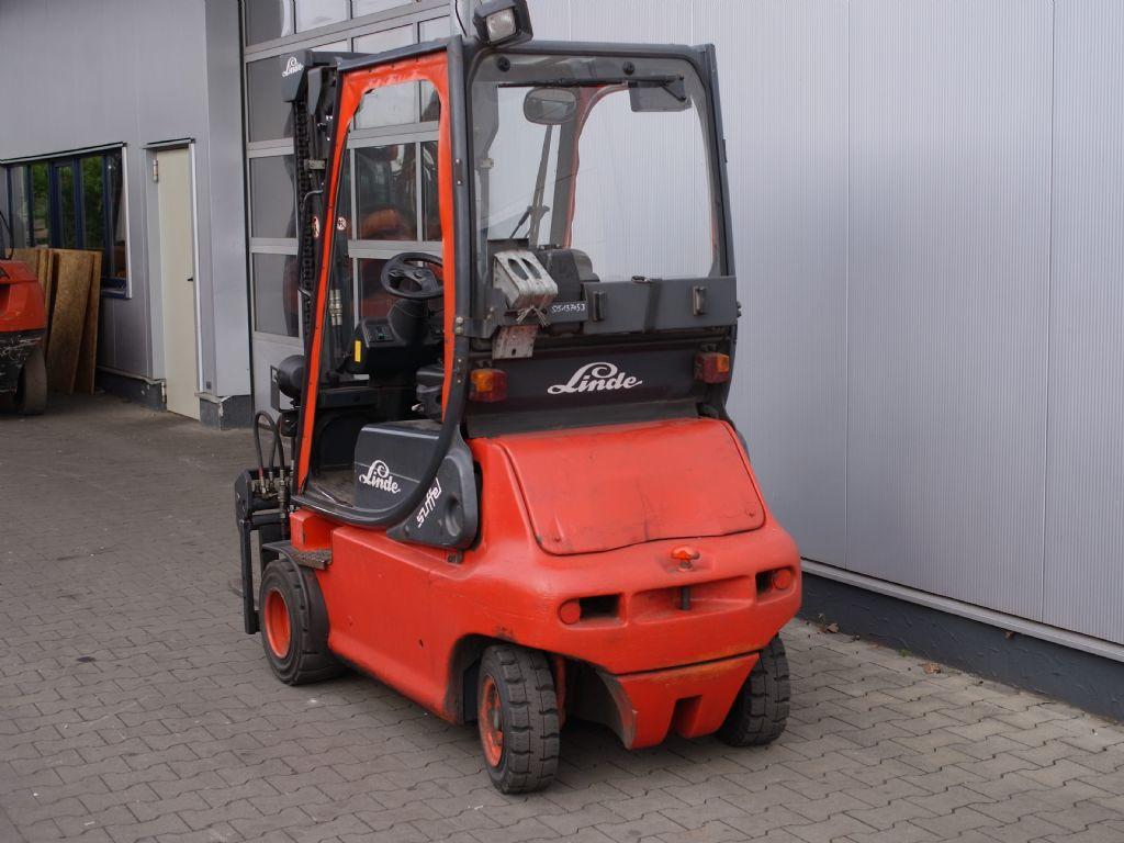 Linde-E20P -02-Elektro 4 Rad-Stapler-www.gabelstapler-schmidt.de