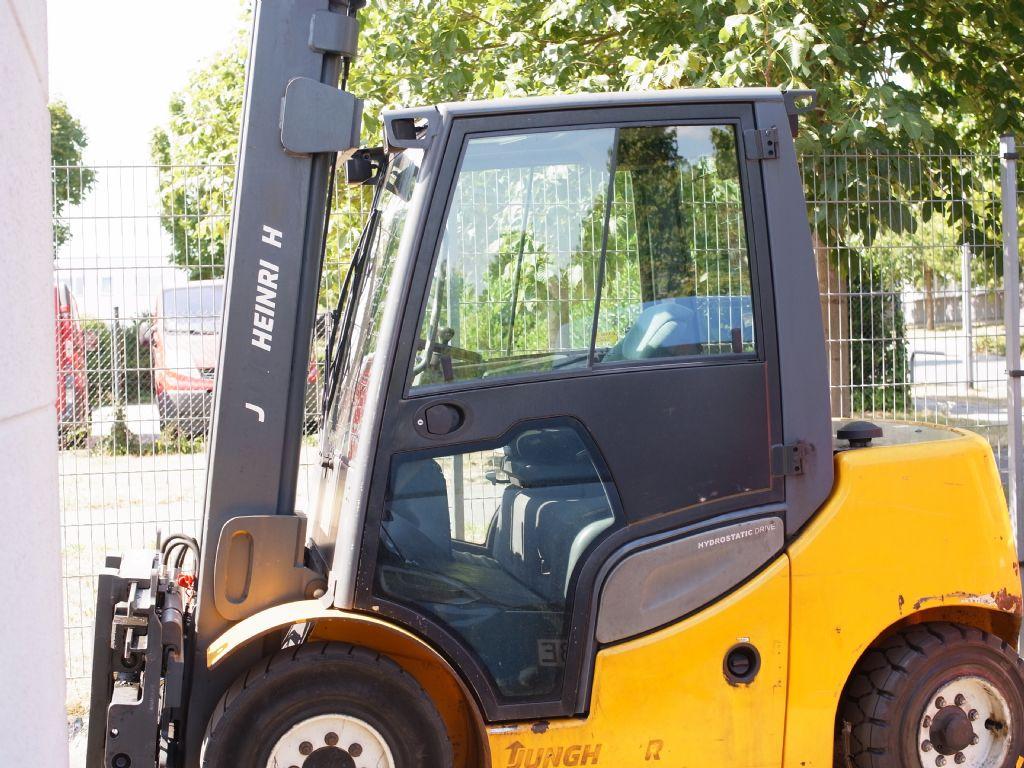 Jungheinrich-DFG 540S-Dieselstapler-www.gabelstapler-schmidt.de