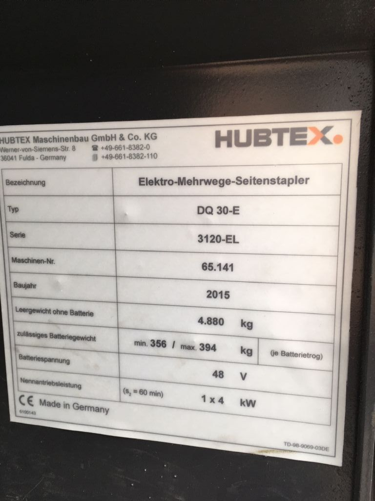 Hubtex-DQ30E-Vierwege Seitenstapler-www.schuetze-gabelstapler.de