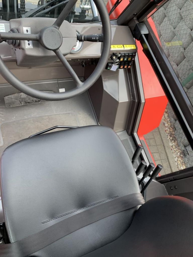 Toyota-7FBMF40-Elektro 4 Rad-Stapler-www.schuetze-gabelstapler.de