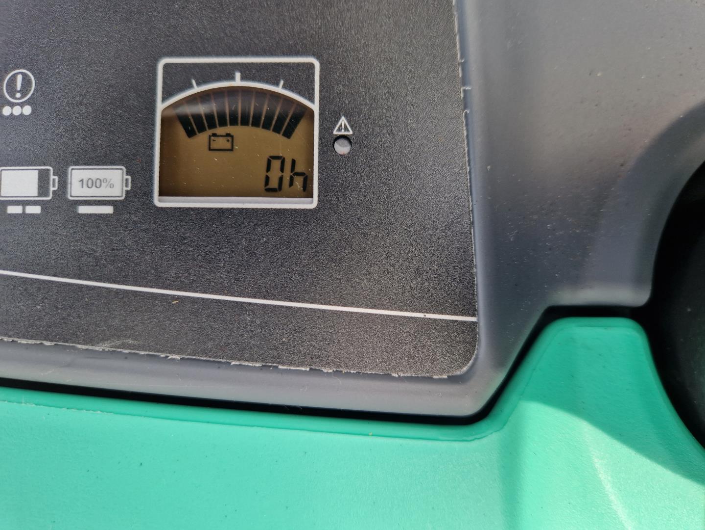 Nissan-FD18-E1-Dieselstapler-www.schuetze-gabelstapler.de