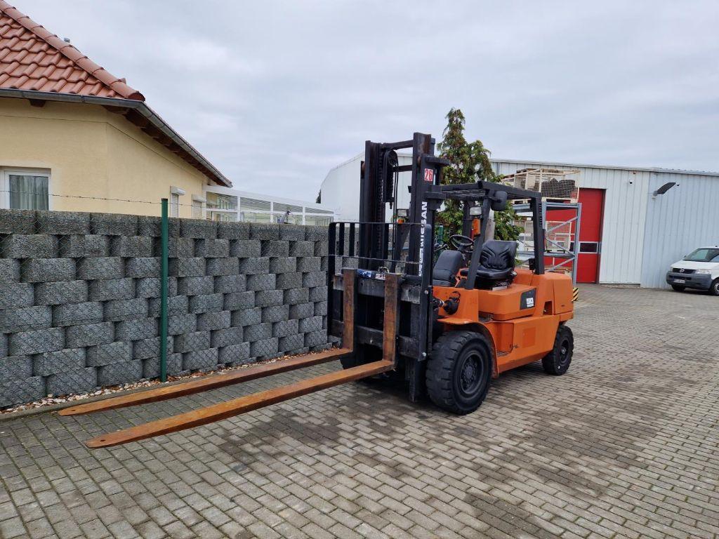 UniCarriers-PLL180AC-Niederhubwagen-www.schuetze-gabelstapler.de