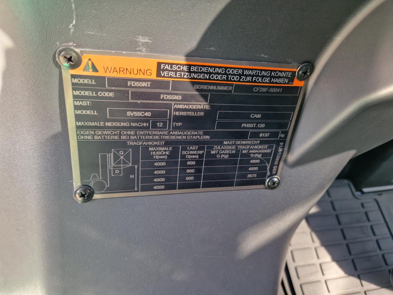 Nissan-FD02A20Q-Dieselstapler-www.schuetze-gabelstapler.de