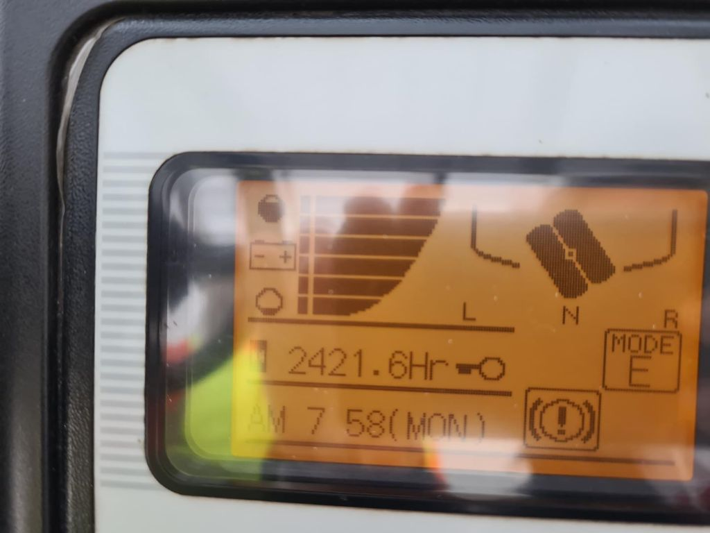 UniCarriers-TX3-15S-Elektro 3 Rad-Stapler-www.schuetze-gabelstapler.de