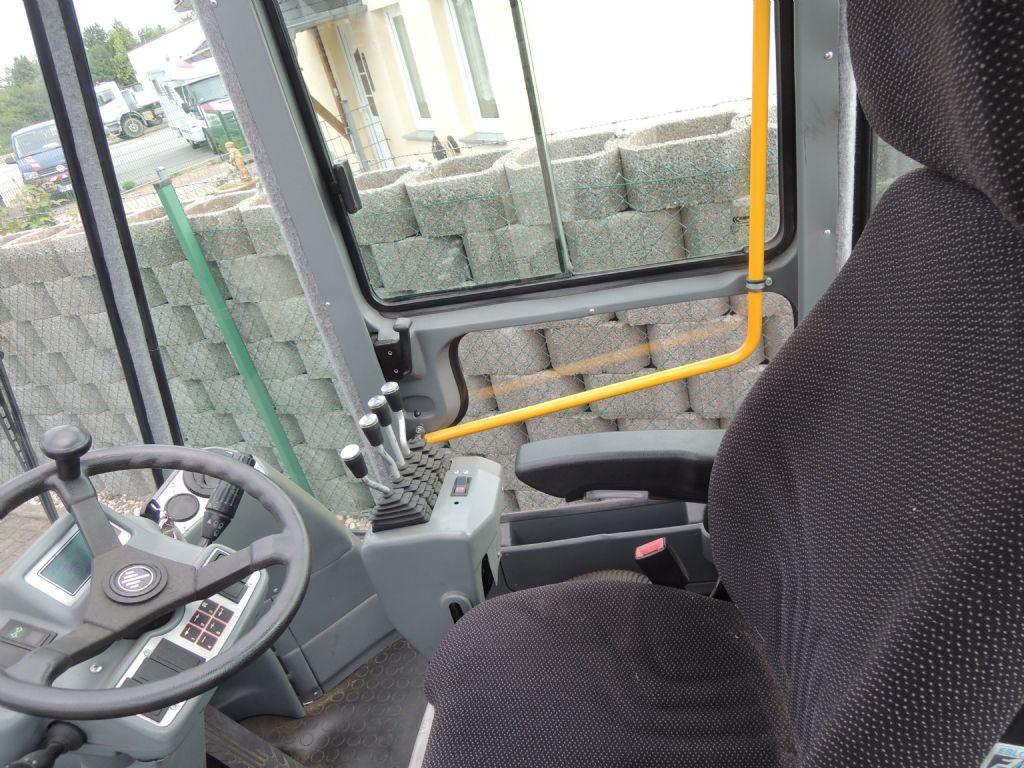 Kalmar-DCE80-6-Dieselstapler-www.schuetze-gabelstapler.de