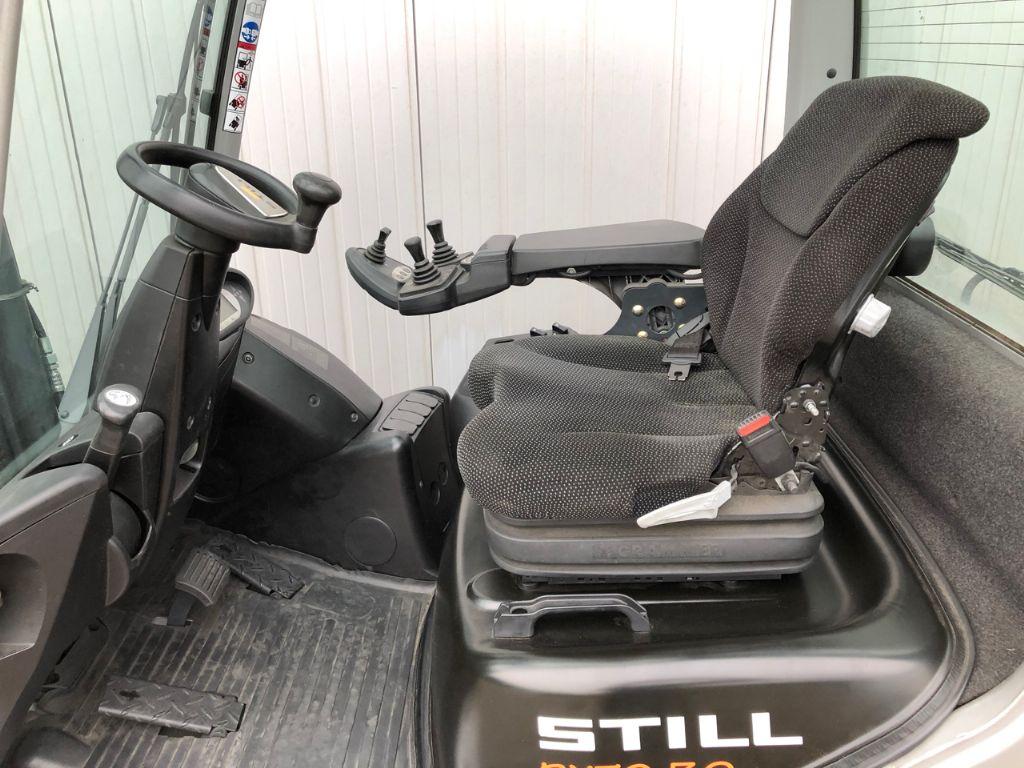 Still RX70-30T Treibgasstapler www.schumacher-gabelstapler.de