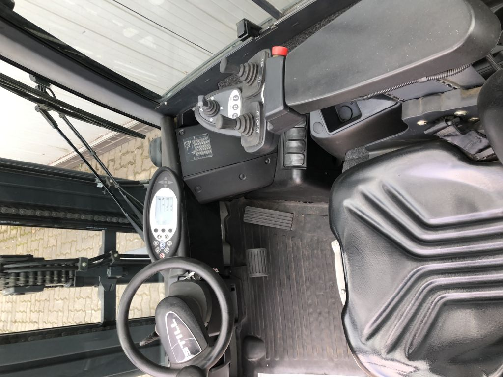 Still RX70-25T Treibgasstapler www.schumacher-gabelstapler.de