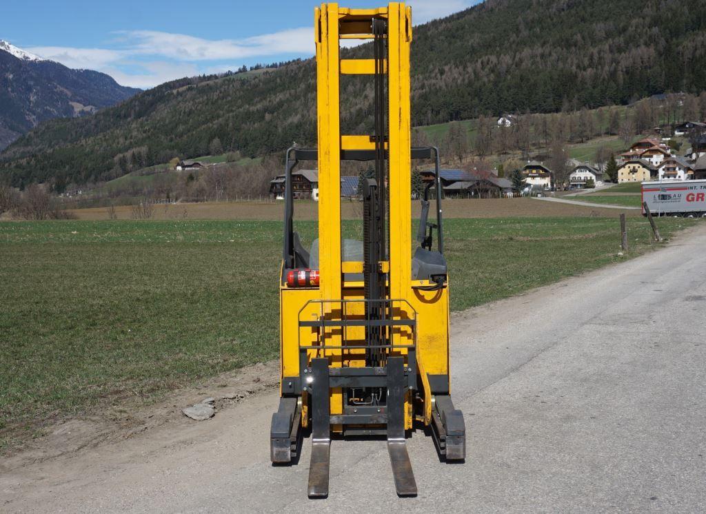 Jungheinrich ETV 216 Schubmaststapler www.sks-stapler.at