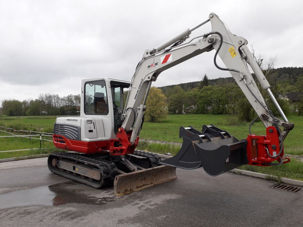 Takeuchi TB 250 Minibagger www.sks-stapler.at