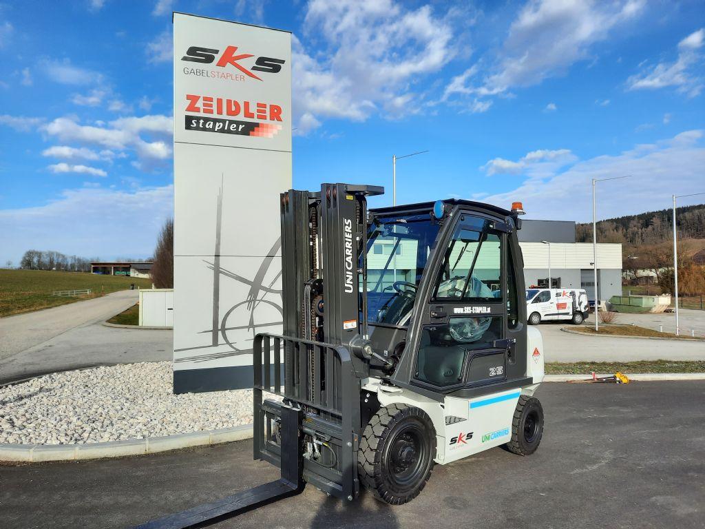 UniCarriers DX25 Dieselstapler www.sks-stapler.at