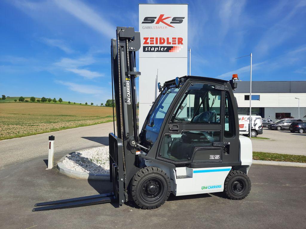 UniCarriers DX 25 Dieselstapler www.sks-stapler.at