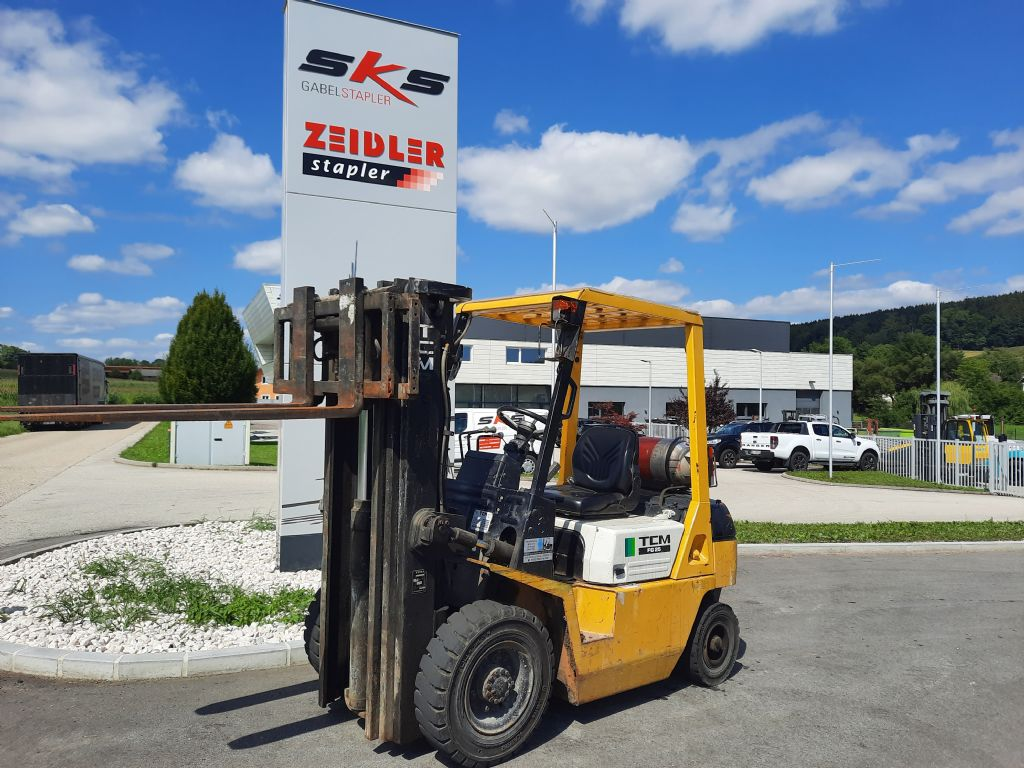 TCM FG25N3T Treibgasstapler www.sks-stapler.at