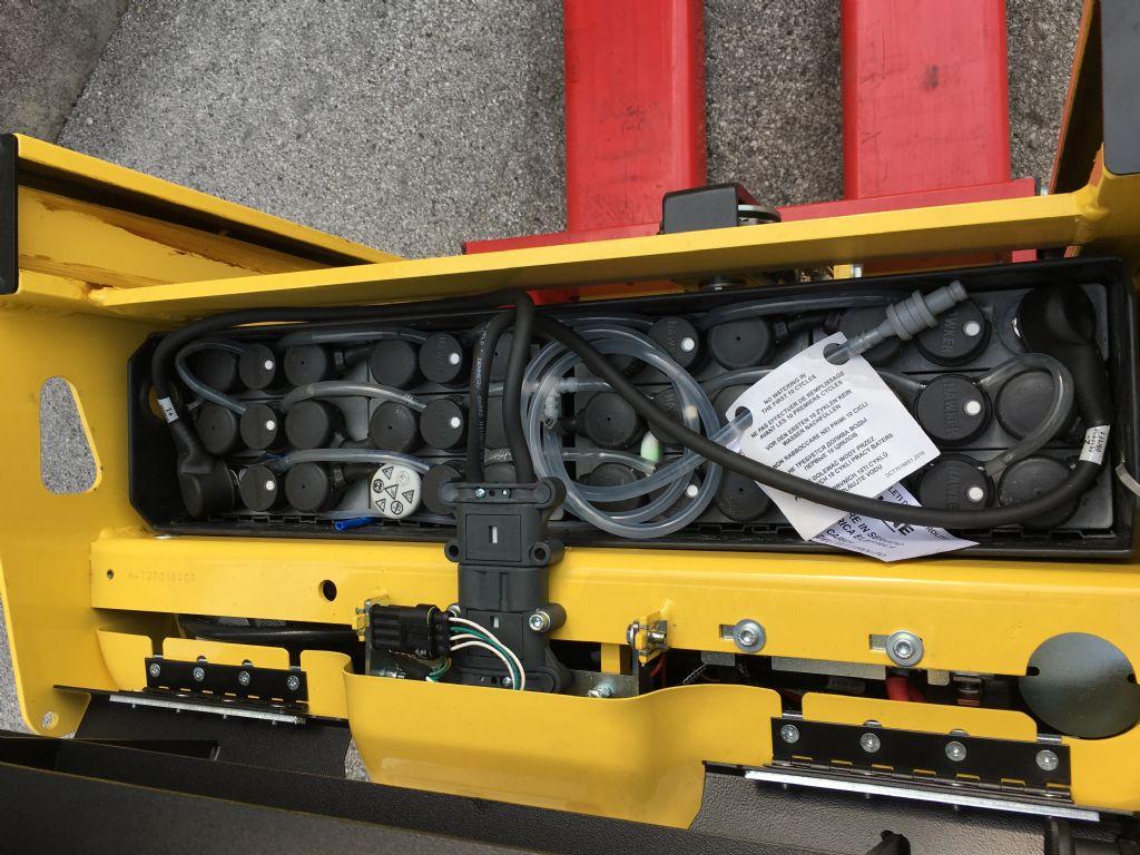 Hyster P2.0HL Niederhubkommissionierer www.sks-stapler.at