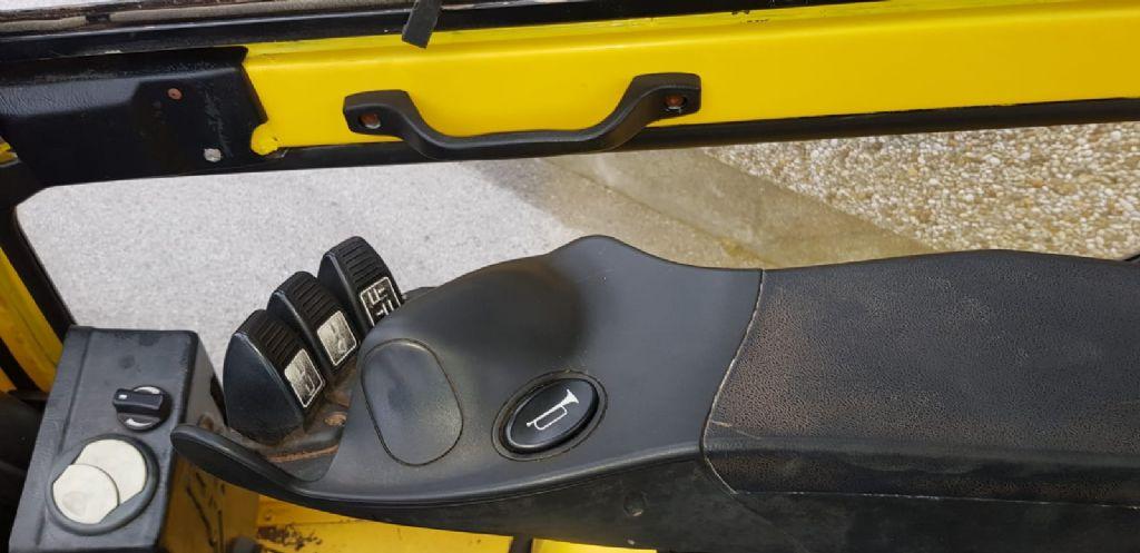 Hyster H2.5FT Dieselstapler www.sks-stapler.at